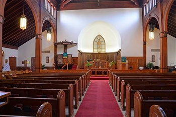 Interior shot of the Grace UMC sanctuary